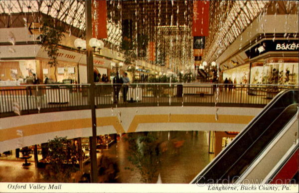 The Oxford Valley Mall has four large anchor store slots. Three of the anchor stores are Macy's, J.C. Penney, and Sears. The fourth anchor position was previously occupied by Strawbridges and later Boscov's before closing and sitting empty since